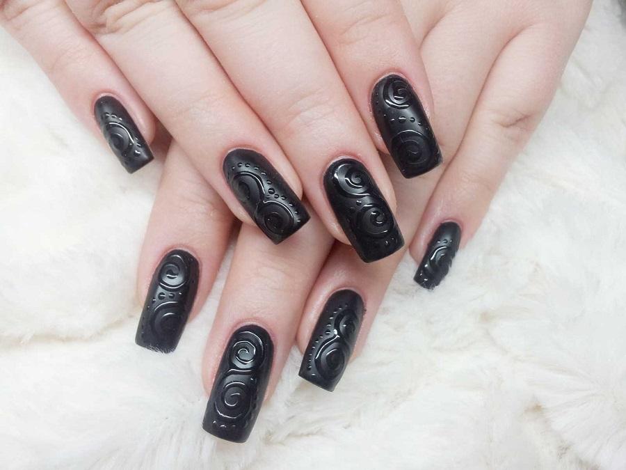 Unghie gel nere: opache, a mandorla e decorate | Style Girl
