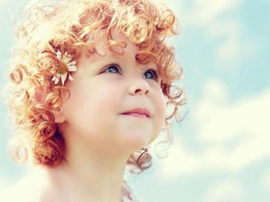 Tagli capelli bambina capelli mossi
